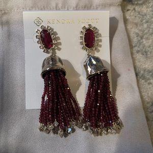 Kendra Scott Decker earrings